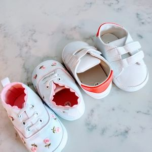 Other - 2 pairs of soft shoes embroidered